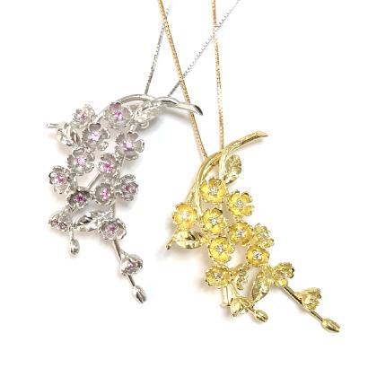 枝垂れ桜のペンダントネックレス
