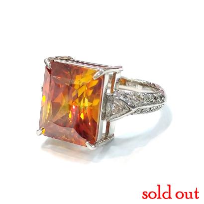 キラッキラに輝く幻惑の石、スファレライトのリング